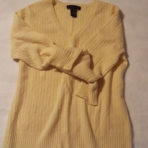 Cashmere Pale Yellow V Neck 100%